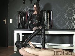 Latex lovemaking games with such a starving dominant complain Victoria Valente