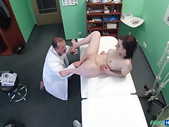 Spy cam at the doctor's office shows us how Jessica Diamond fucks