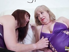 True womanish love and these mature BBWs love sapphic sex