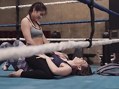 Two boxing babes are strapon fuck each others pussies in eradicate affect bray