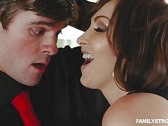 stepmom Yasmin Scott hot sex affair