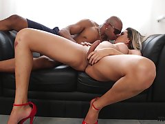 Super lustful transgender in red underwear Bellatrix Fontes gets will not hear of anus blacked