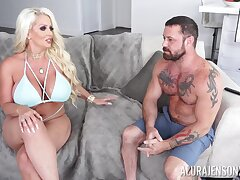 Crazy action with a thick cougar mom get-up-and-go for ballpark action