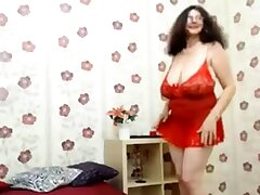 Granny with huge tits dancing (no nudity)