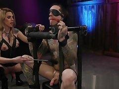 Tranny makes tattooed slave worship